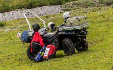 Über Stock und Stein – unser neues Einsatzfahrzeug
